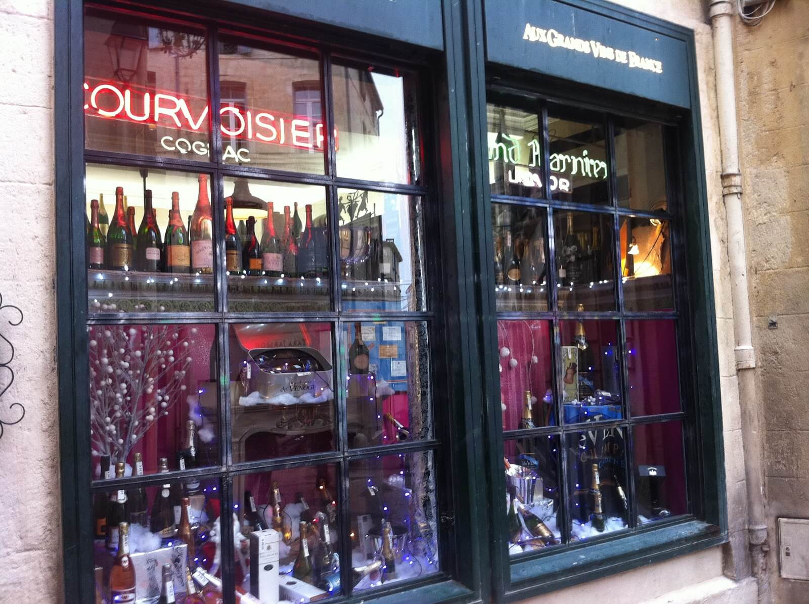 Au gds vins de France vitrine caviste