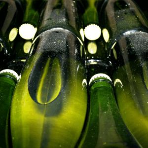 Bouteilles-sur-latte-champagne