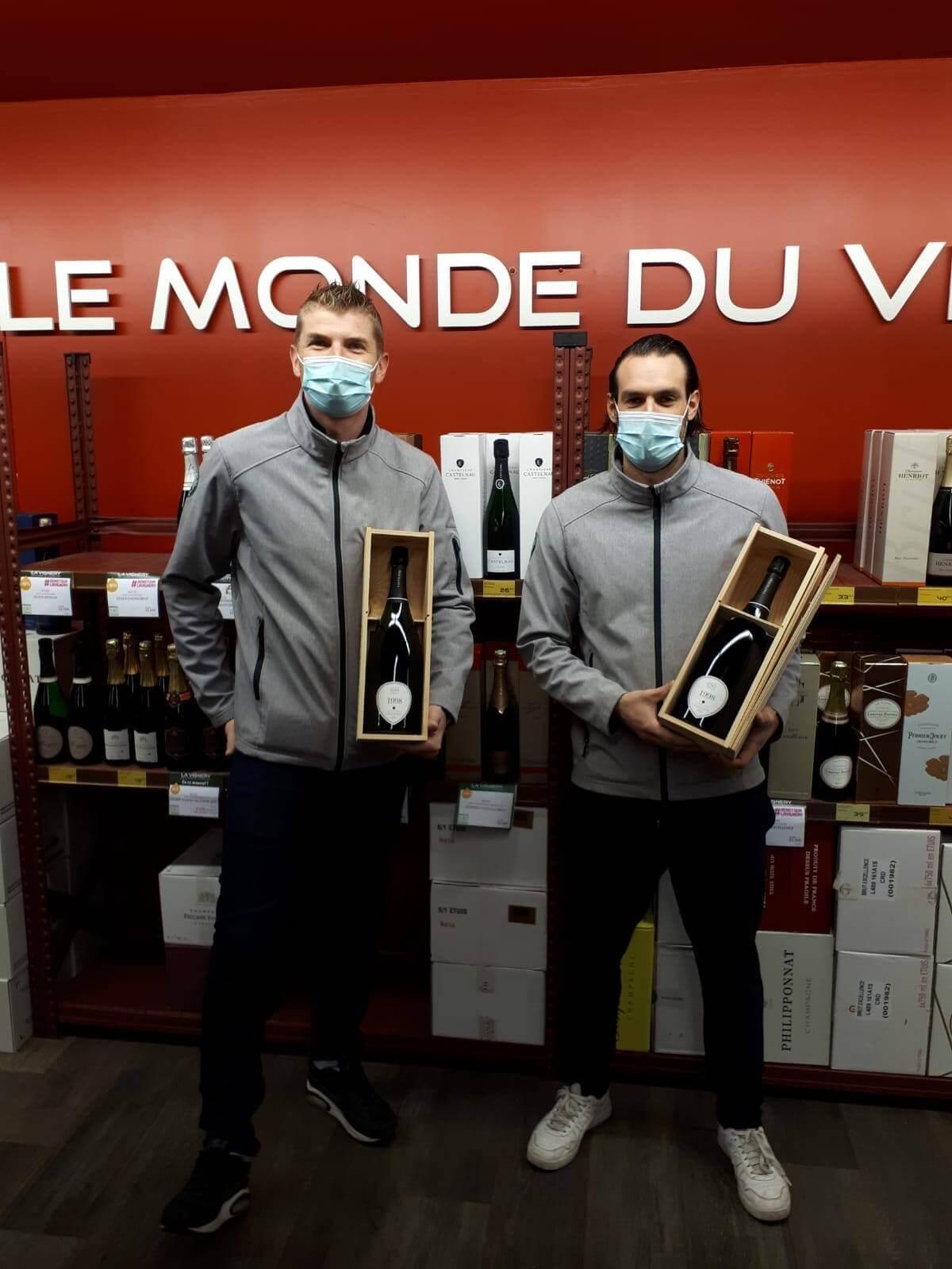 Mathieu POTTIN et Julien LEPAGE Champions du Concours du meilleur caviste de france 2020 LA Vignery