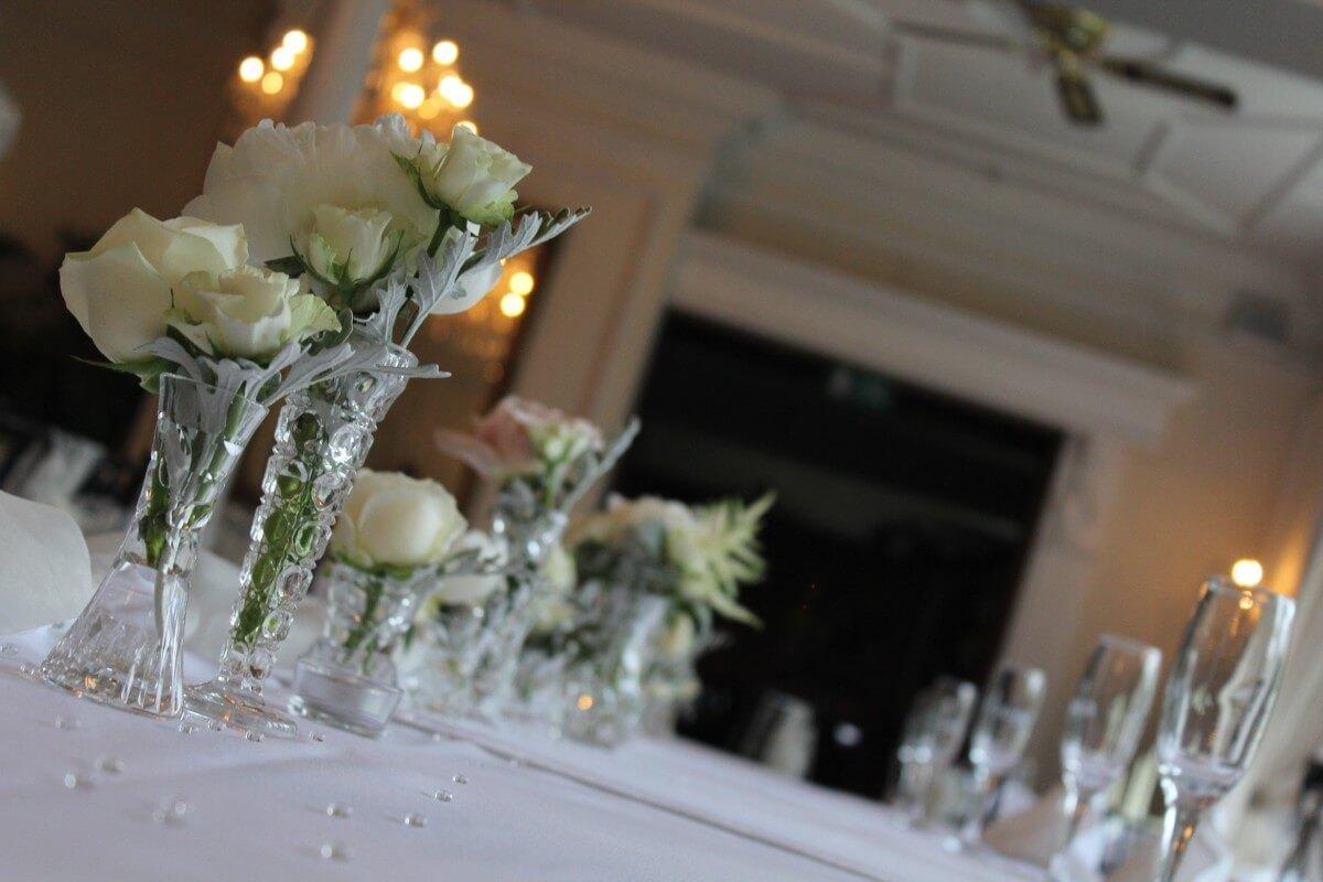wedding_tables_decoration_celebration_party_white_reception_setting-1061928