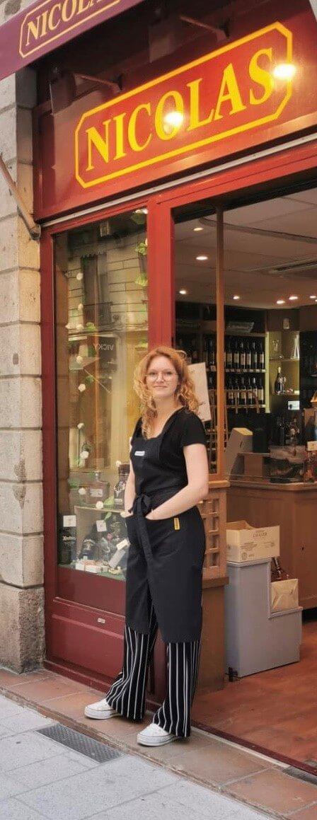 Léa Perret - Caviste Nicolas à Lyon