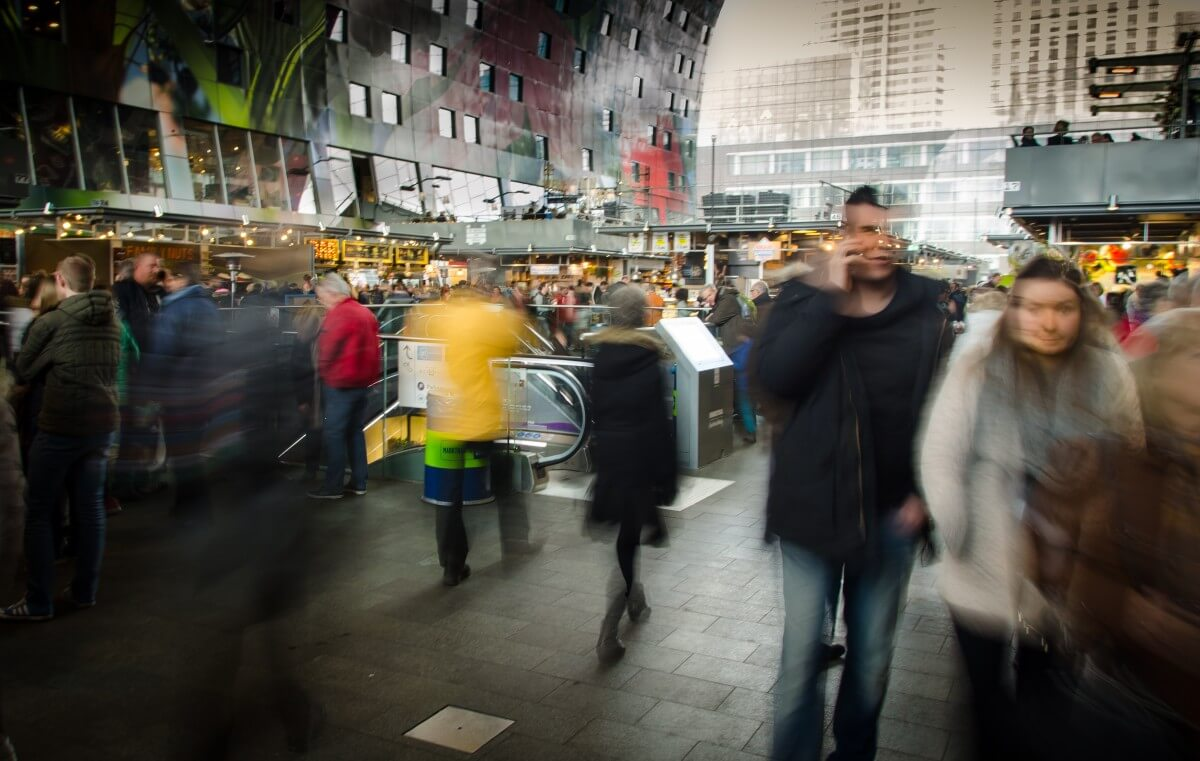 shopping_effect_blur_movement_people-899977